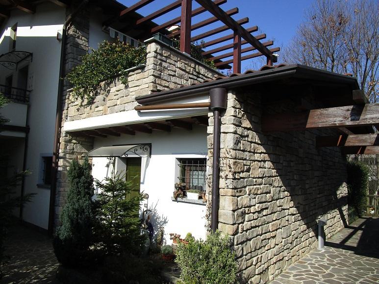 Appartamento in ottime condizioni in vendita Rif. 5950740