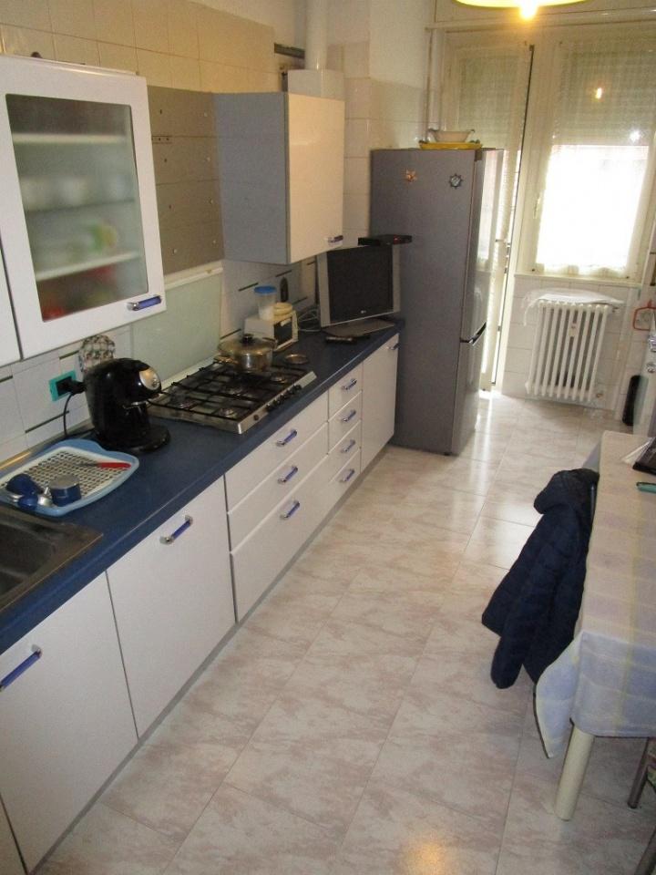 Appartamento in buone condizioni in vendita Rif. 6591446