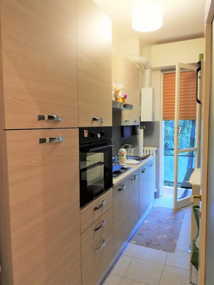 Appartamento da ristrutturare in affitto Rif. 6641062