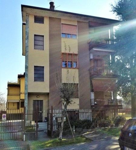 Appartamento in buone condizioni in vendita Rif. 9701903