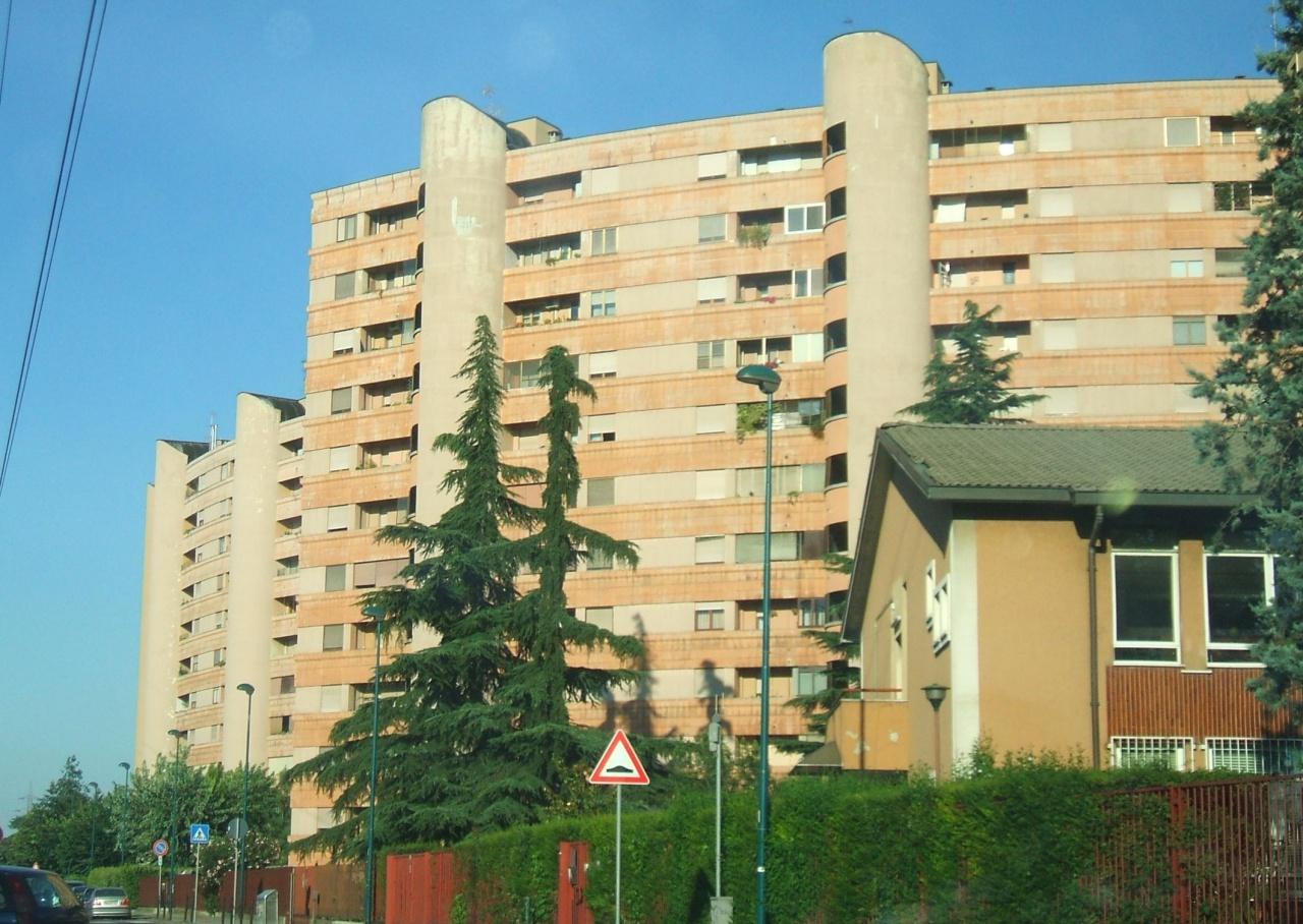 Appartamento in buone condizioni in vendita Rif. 10792323