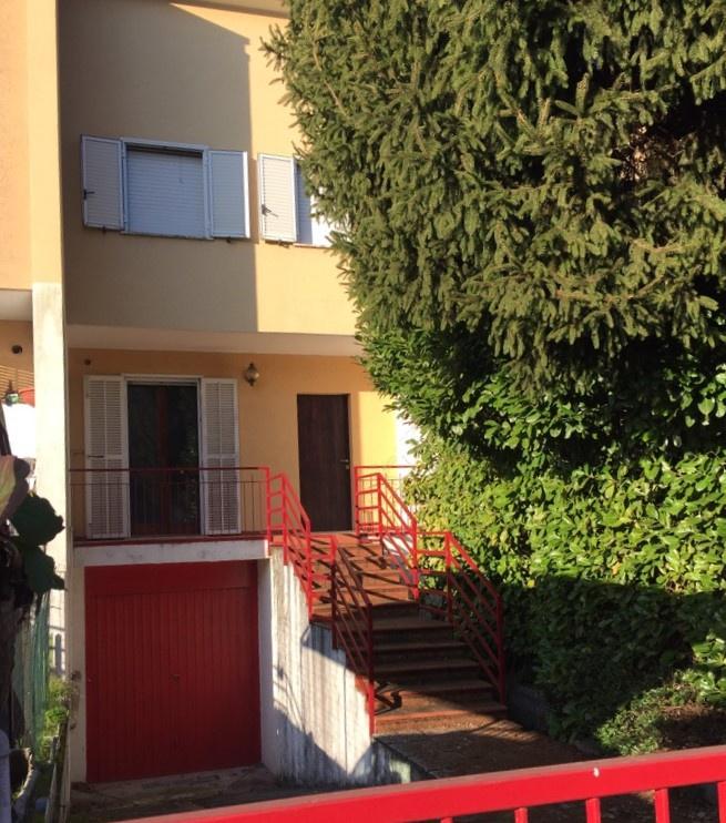 Villetta a schiera da ristrutturare in vendita Rif. 12084526