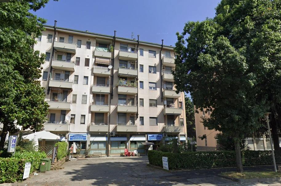 Appartamento in buone condizioni in vendita Rif. 12317528