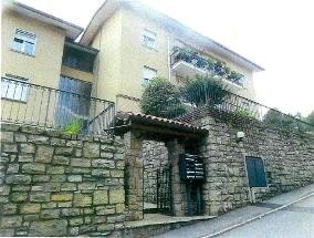 Appartamento in vendita Rif. 9106198