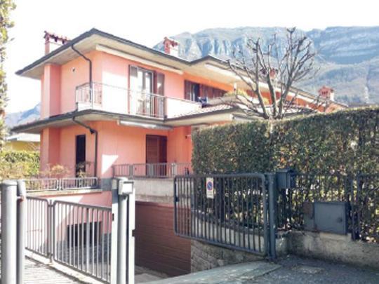 Appartamento in vendita Rif. 9538490