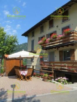 Area edificabile 6 locali in vendita a Dossena (BG)