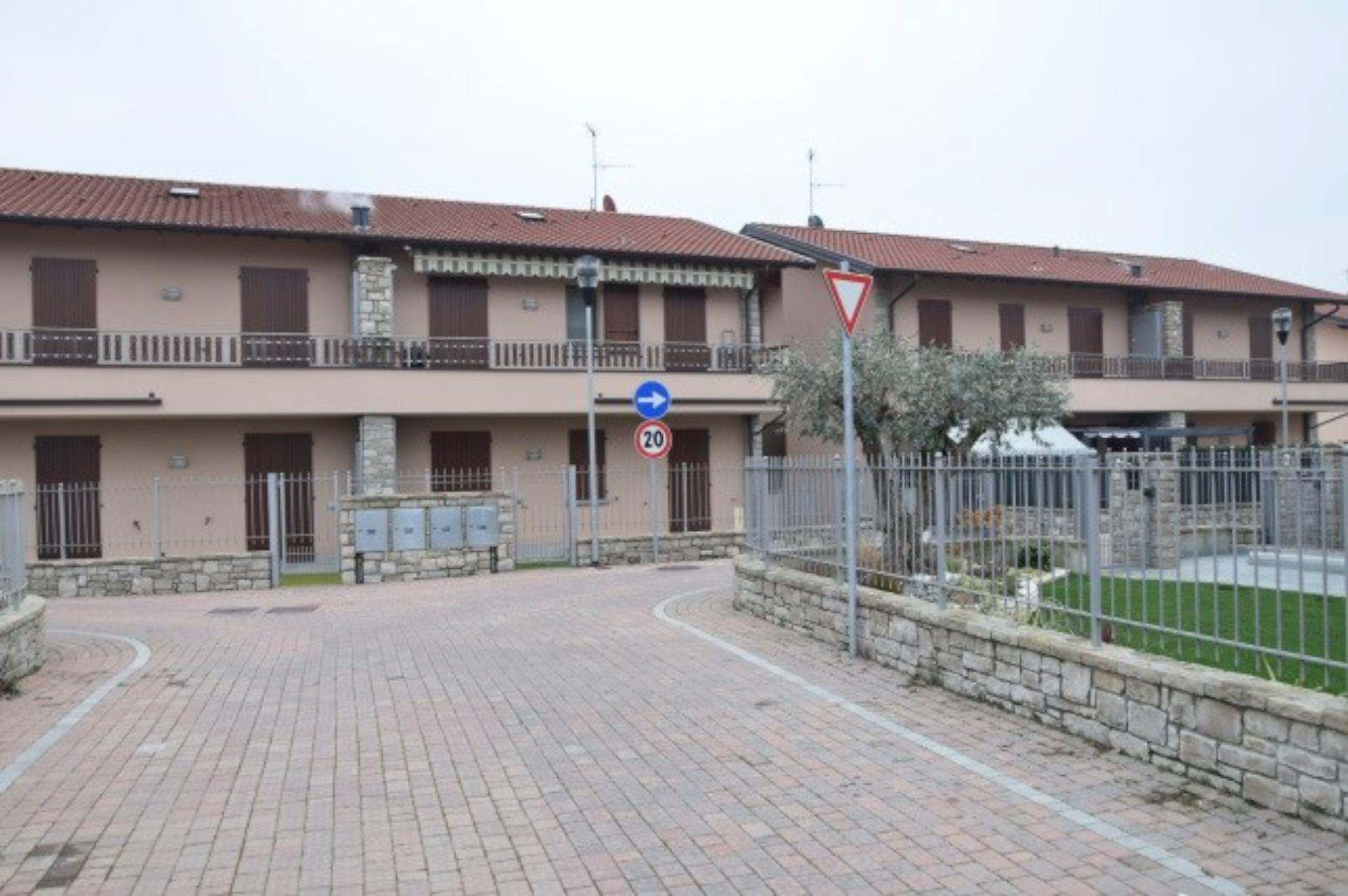 Appartamento in vendita Rif. 10319537