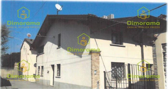 Appartamento in vendita Rif. 10877273