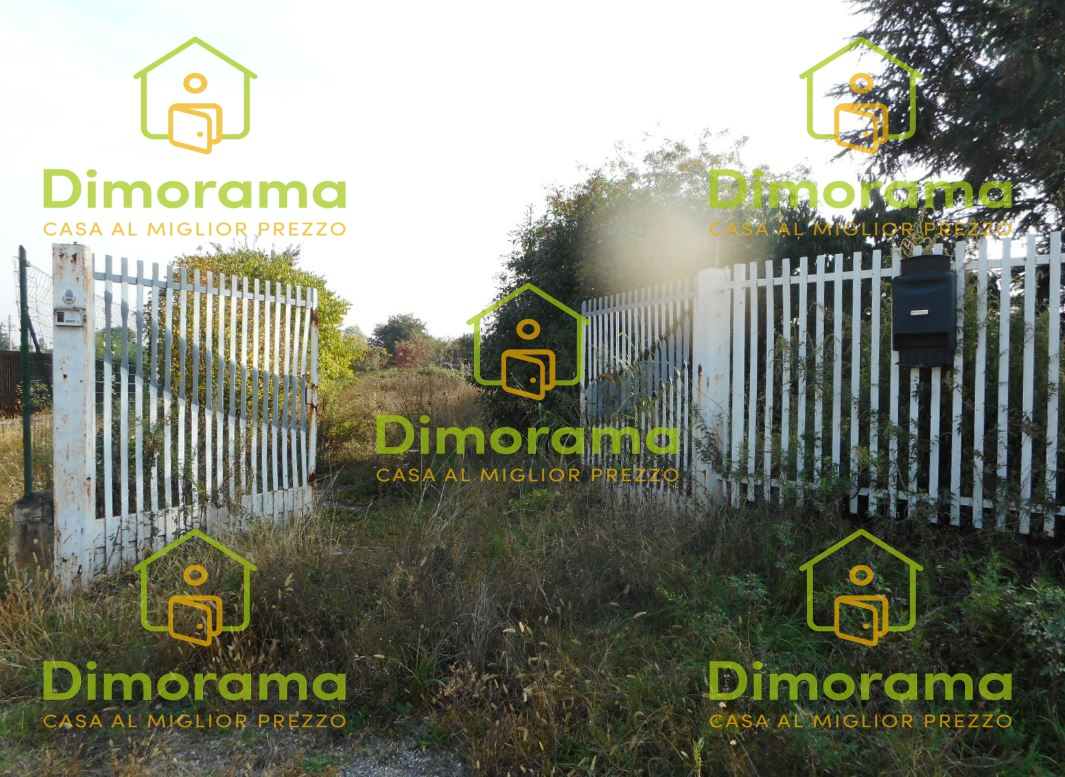 Terreno Commerciale in vendita Rif. 11999679