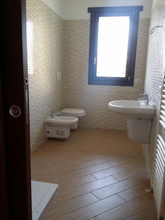 Bilocale Cantù Via Italia 6