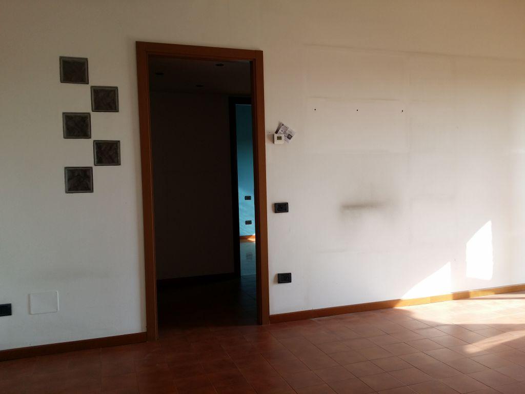 Bilocale Mariano Comense Via Giovanni Xxiii 4