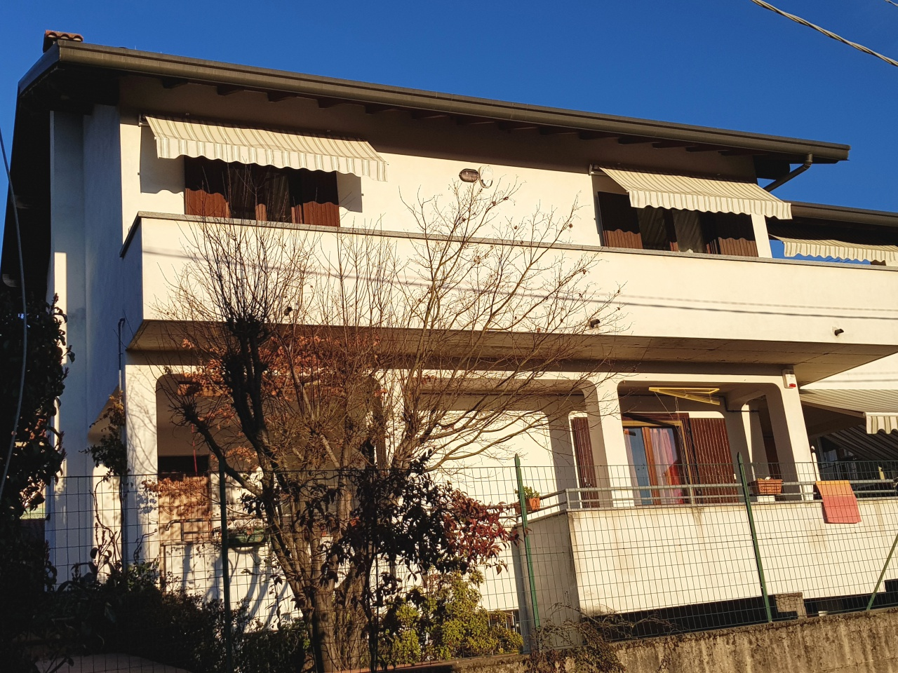 Appartamento in ottime condizioni in vendita Rif. 5806920