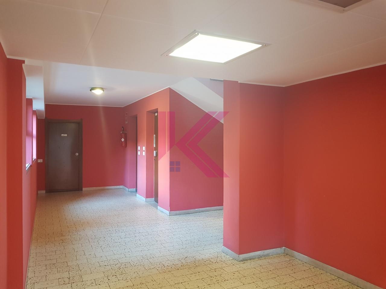 Appartamento CANTU' 4LOCALI2SERVBOX