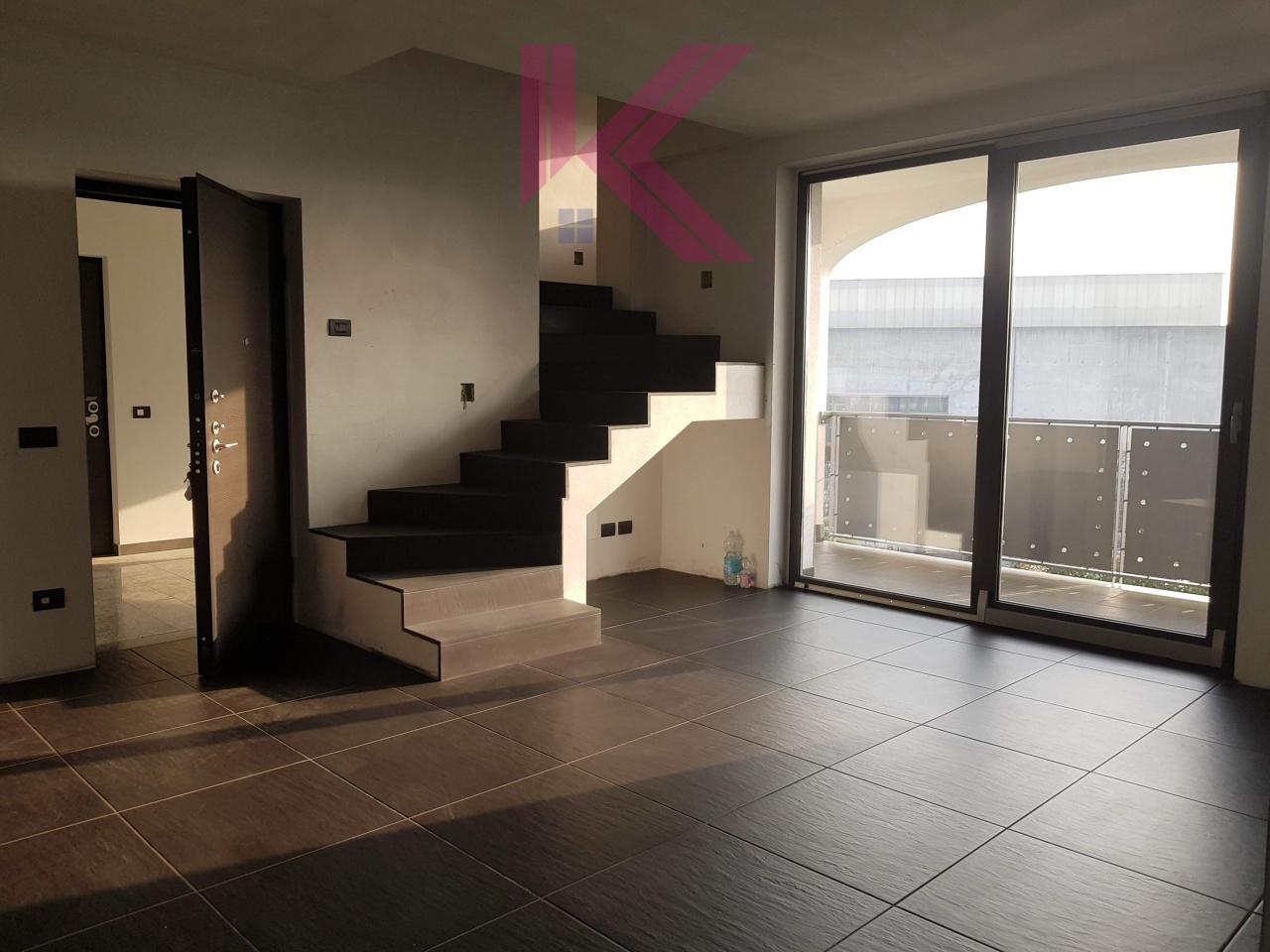 Appartamento in vendita a Novedrate, 4 locali, prezzo € 260.000 | PortaleAgenzieImmobiliari.it
