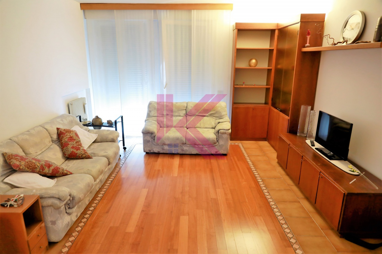 Appartamento in vendita a Cantù, 3 locali, prezzo € 155.000 | PortaleAgenzieImmobiliari.it