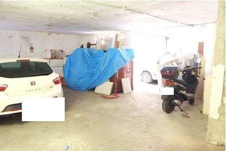 Box e posti auto in vendita Rif. 8969837