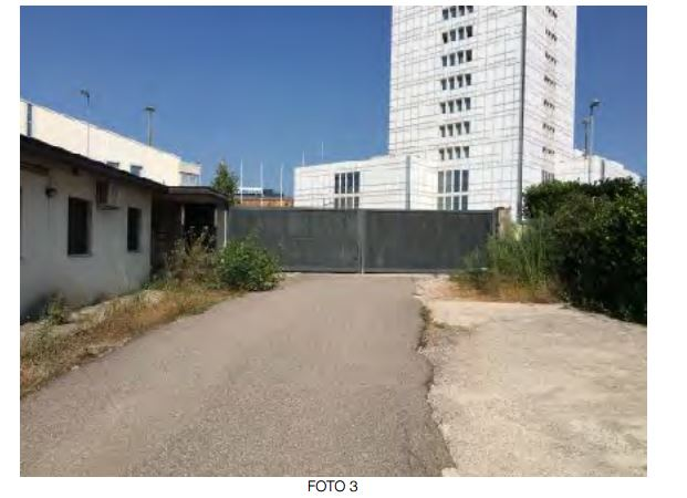 Terreno Commerciale in vendita Rif. 8969835