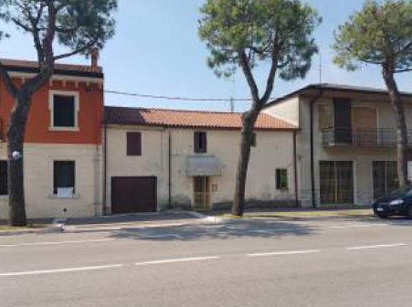 Appartamento in vendita Rif. 8811685