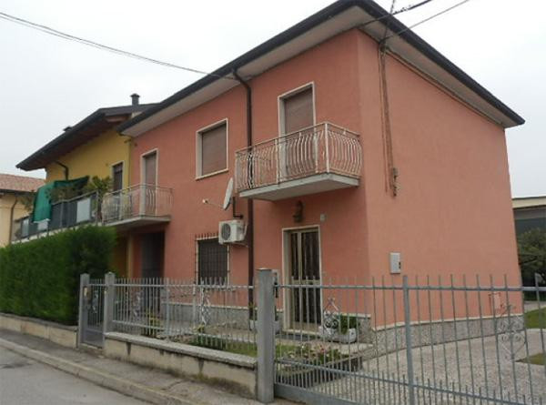 Appartamento in vendita Rif. 8685775
