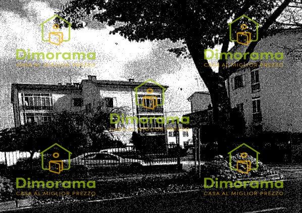Appartamento in discrete condizioni in vendita Rif. 11027083