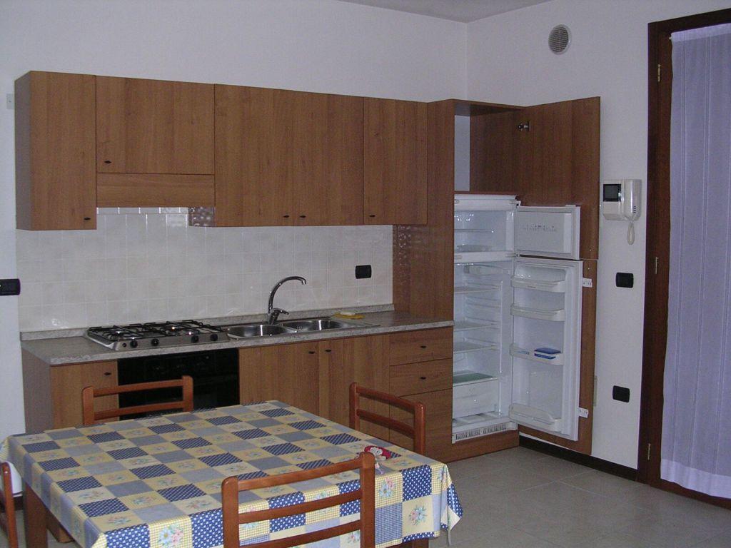 Appartamento in affitto a Piombino Dese, 3 locali, prezzo € 400 | Cambio Casa.it