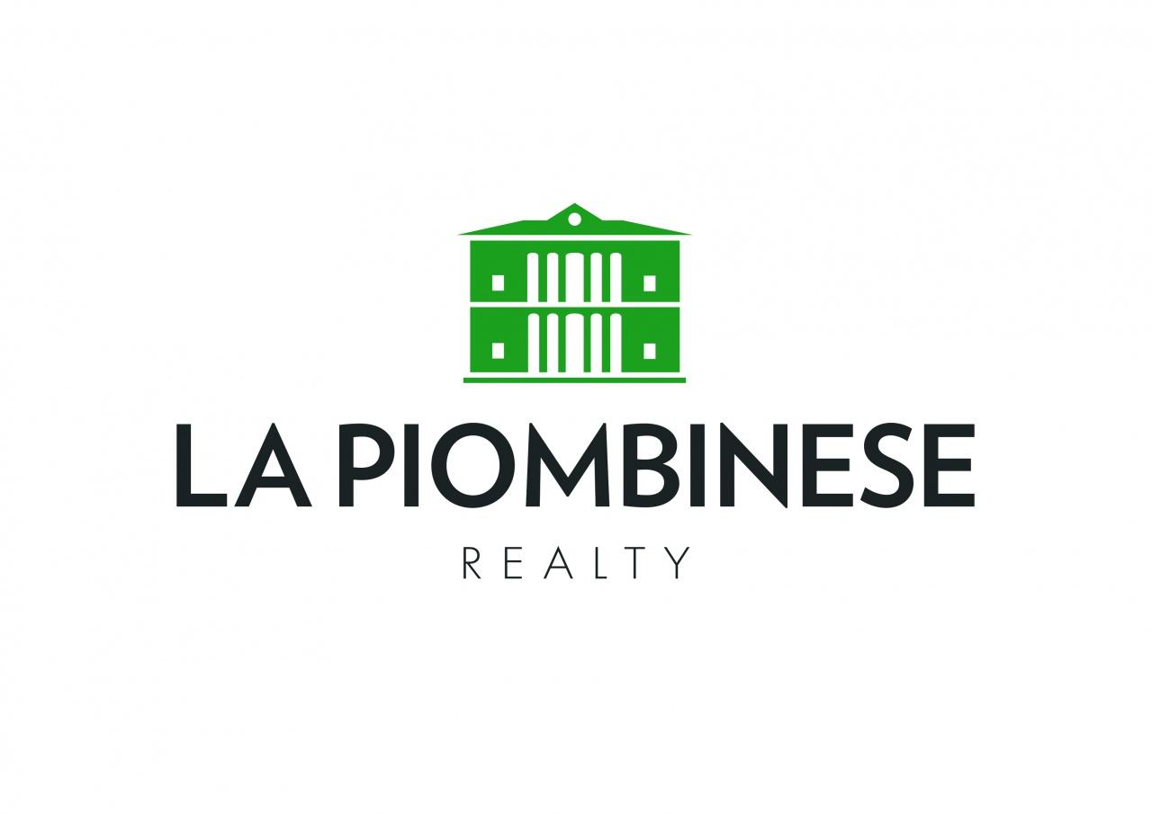 Si propone in affitto a referenziati appartamento in centro Piombino Dese composto da cucina, soggiorno, bagno, 3 camere, garage di modeste dimensioni, richiesti € 550,00 spese condominiali a parte.
