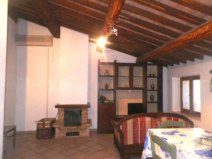 Appartamento in affitto Rif. 11680561