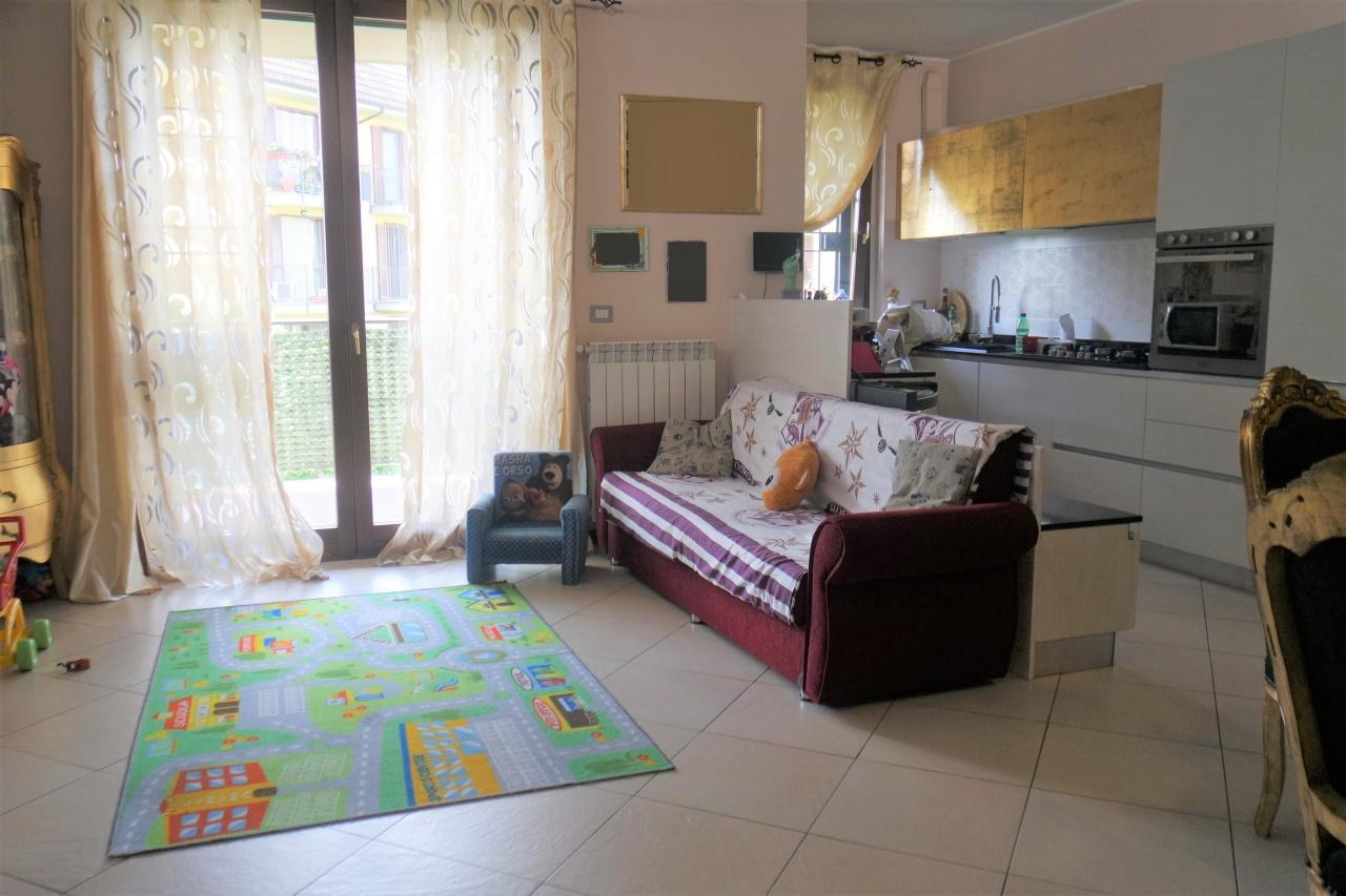 Appartamento in ottime condizioni in vendita Rif. 10171692