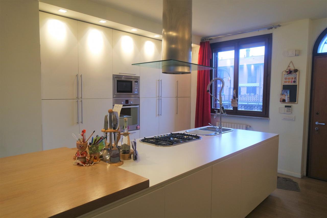 Appartamento in vendita a Bellinzago Lombardo, 3 locali, prezzo € 185.000   CambioCasa.it