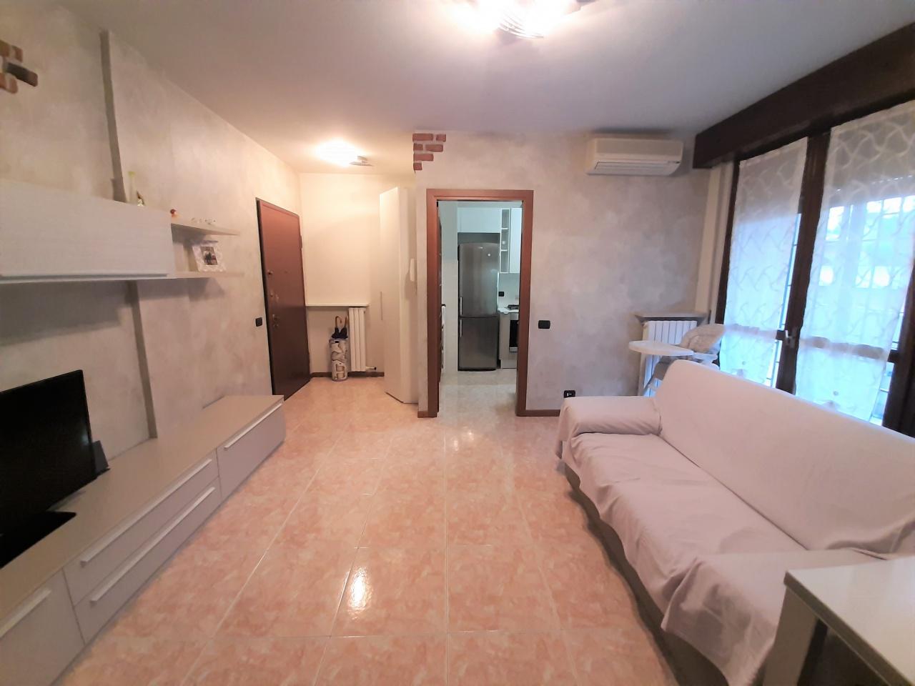 Appartamento in vendita a Gorgonzola, 3 locali, prezzo € 159.000 | CambioCasa.it
