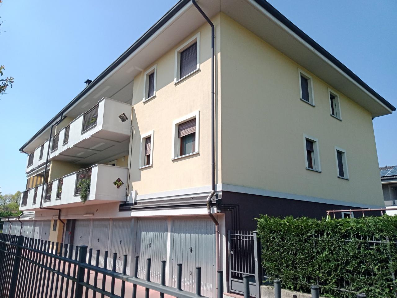 Appartamento in vendita a Pozzuolo Martesana, 3 locali, prezzo € 235.000 | CambioCasa.it