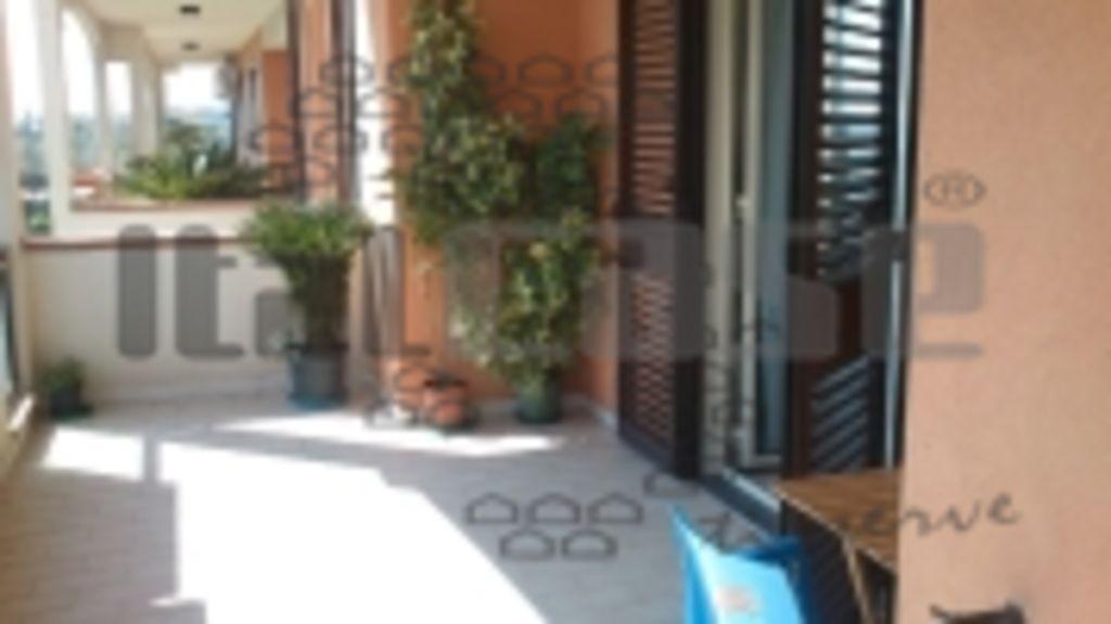 Appartamento in vendita Rif. 8280394