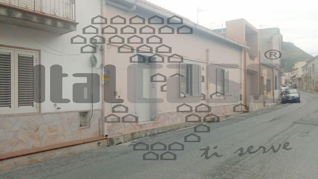 Villa 6 locali in vendita a Messina (ME)
