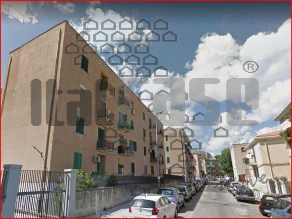Garage bilocale in affitto a Messina (ME)