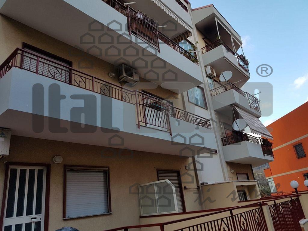 Appartamento in vendita Rif. 9931002