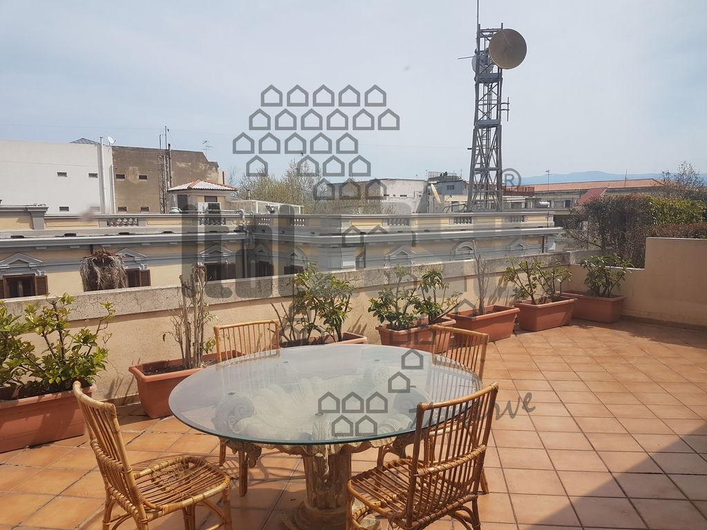 Appartamento in ottime condizioni in affitto Rif. 9949407