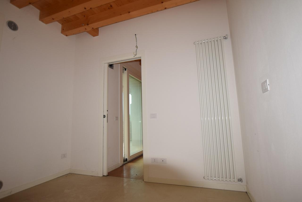 Appartamento VOLPAGO DEL MONTELLO DA071D