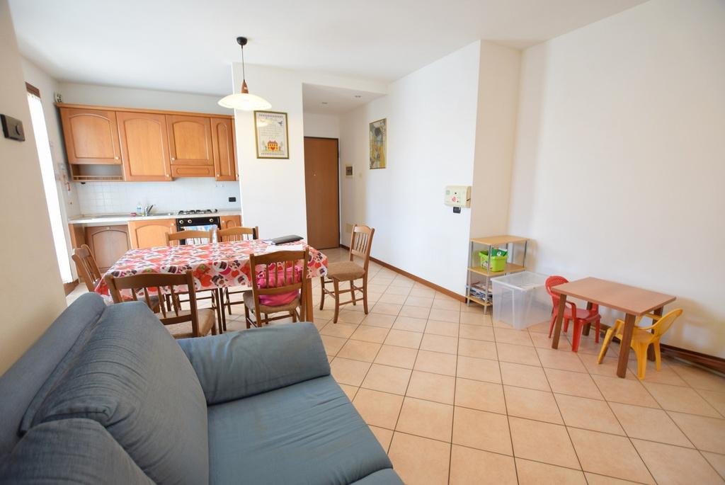 vendita appartamento caerano di san marco   110000 euro  4 locali  95 mq
