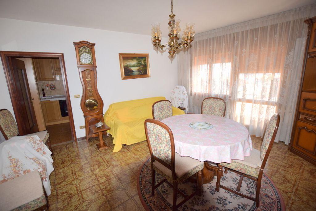 Appartamento in buone condizioni in vendita Rif. 4798556