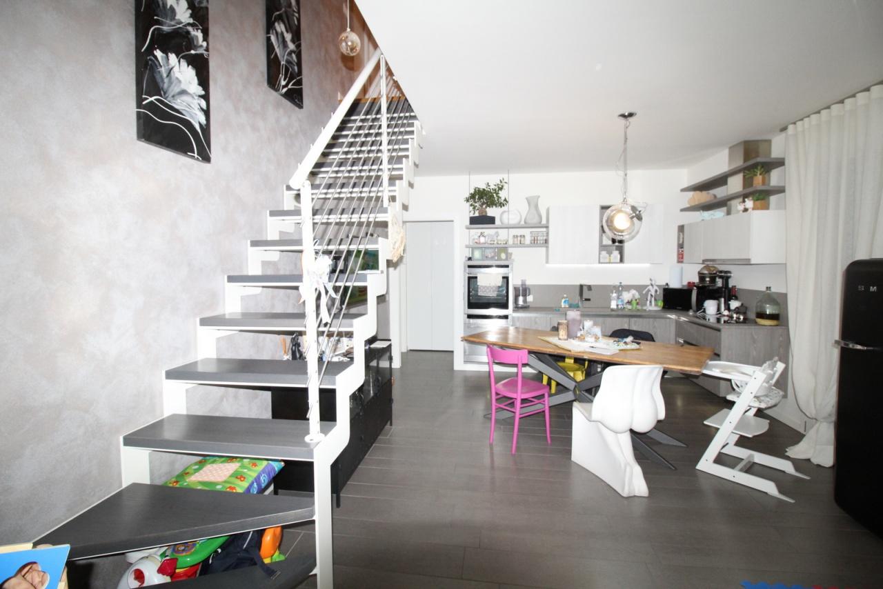 Appartamento in ottime condizioni in vendita Rif. 4798685