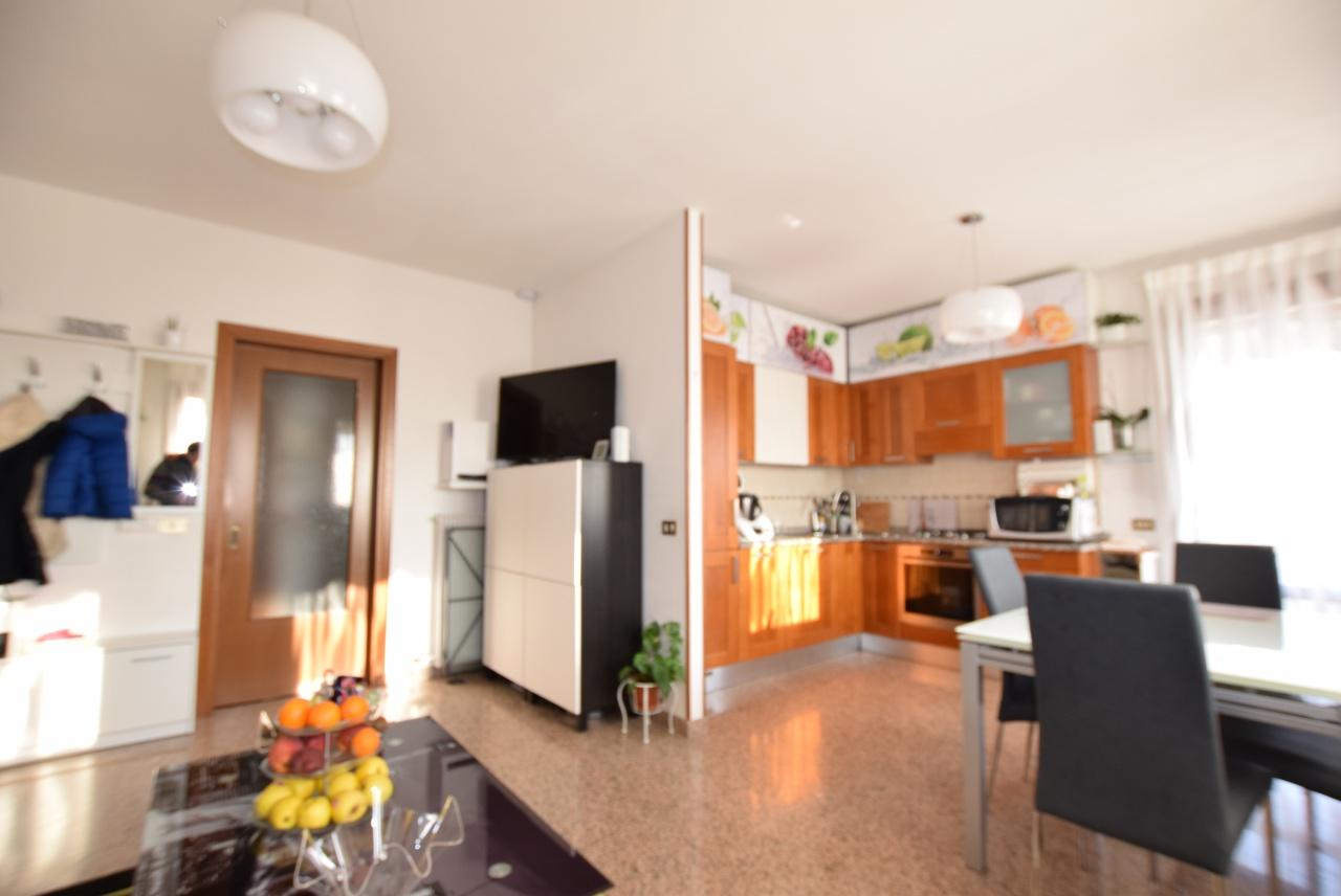 vendita appartamento caerano di san marco   105000 euro  3 locali  80 mq