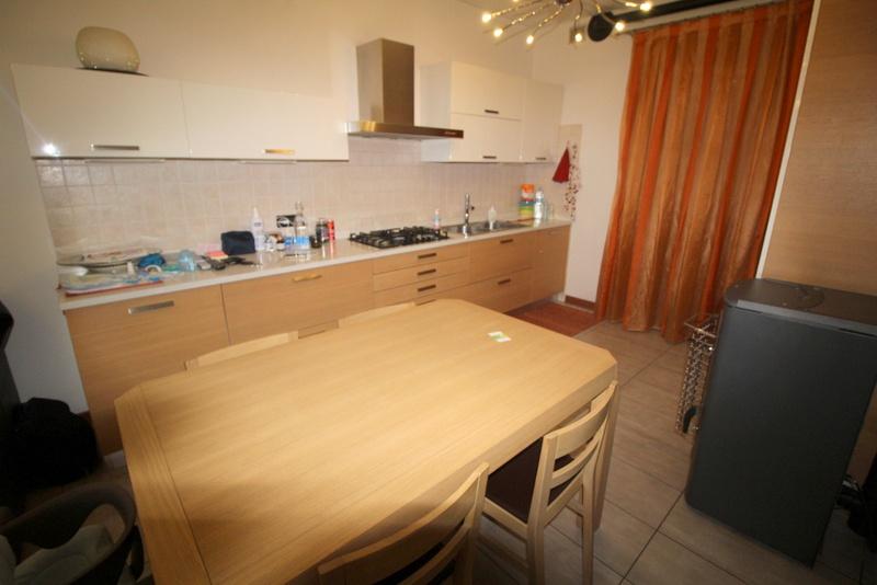 Appartamento in ottime condizioni in vendita Rif. 8556946
