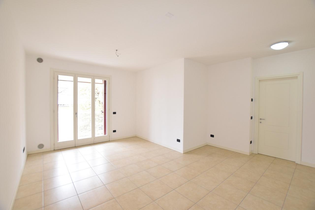 Appartamento in ottime condizioni in vendita Rif. 9846447