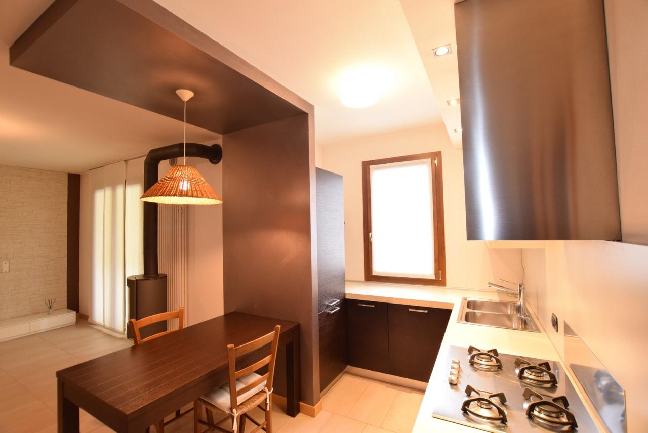 Appartamento in ottime condizioni in vendita Rif. 10028609