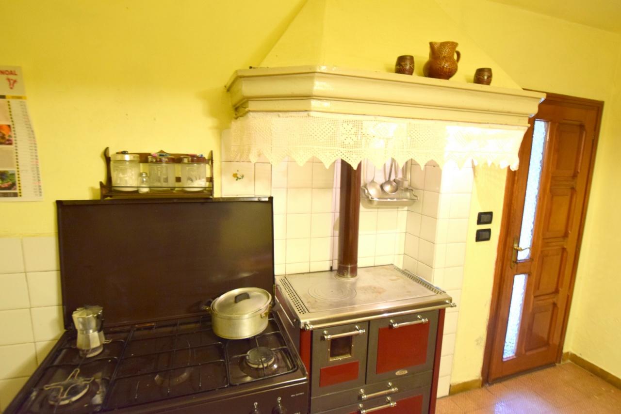 Rustico in vendita a Giavera del Montello (TV)