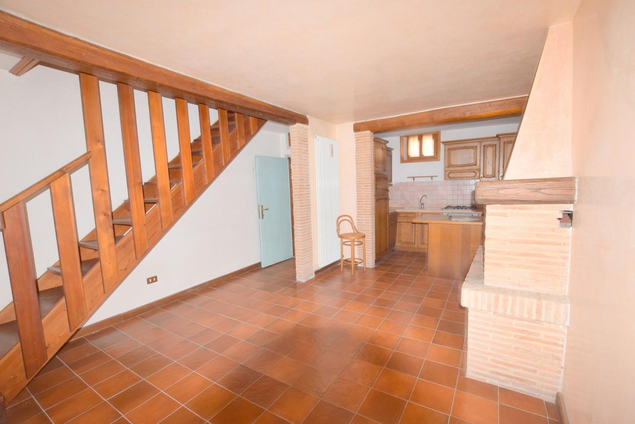 Casa Indipendente da ristrutturare in vendita Rif. 12393232