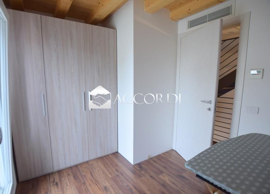 Villa a schiera CORNUDA LI28_2