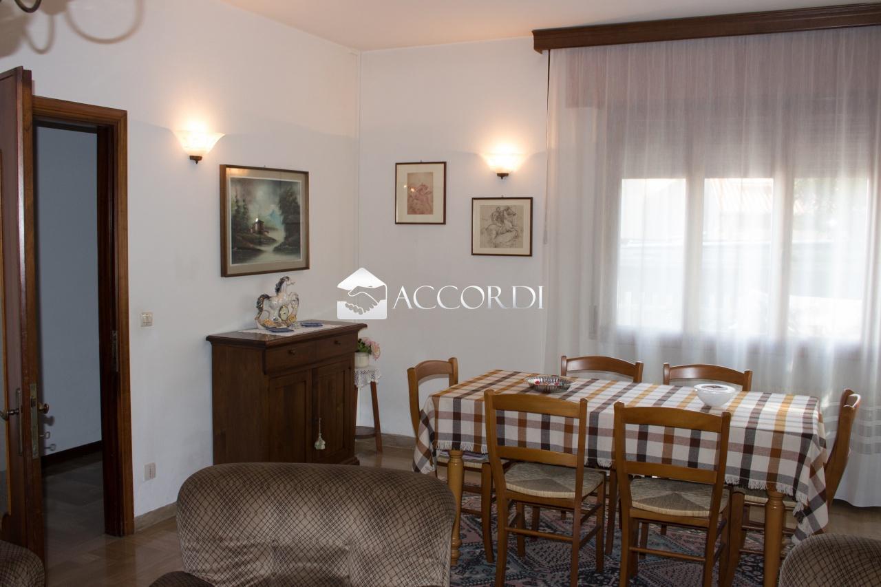 Soluzione Indipendente in vendita a San Zenone degli Ezzelini, 9 locali, prezzo € 149.000   CambioCasa.it