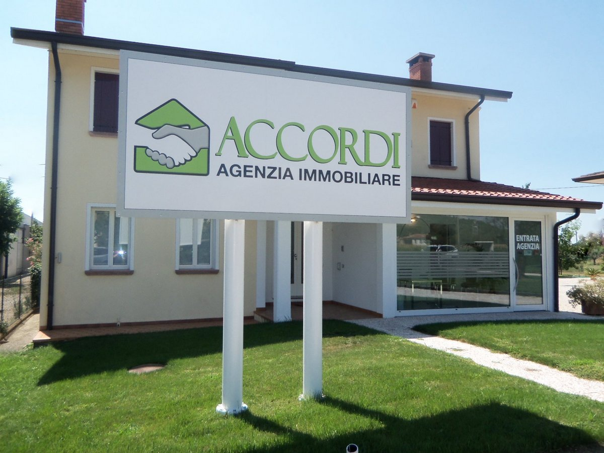 Terreno Edificabile Comm.le/Ind.le in vendita a Cavaso del Tomba, 9999 locali, prezzo € 120.000 | CambioCasa.it