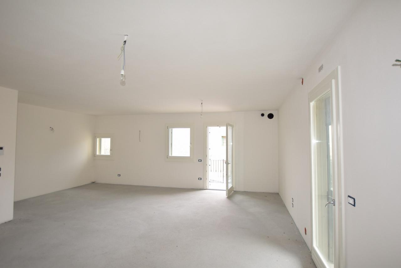 Appartamento in vendita a Crocetta del Montello, 5 locali, Trattative riservate   PortaleAgenzieImmobiliari.it